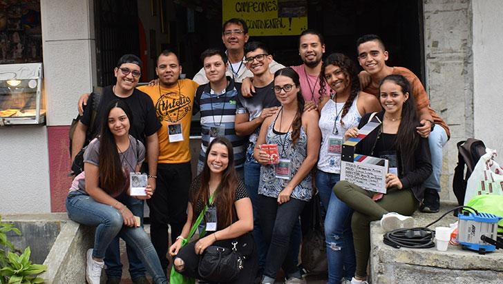 Caciques del mundo, un documental realizado por estudiantes de la Uniquindío
