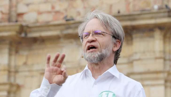 Consejo de Estado devuelve curul a Antanas Mockus temporalmente