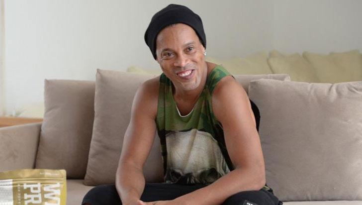 Ronaldinho Gaúcho es acusado de agresión por su exmujer