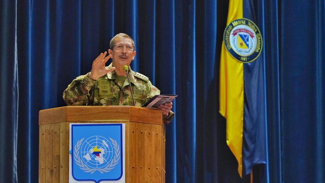 Comandante del Ejército Nicacio Martínez dice desconocer denuncias de corrupción