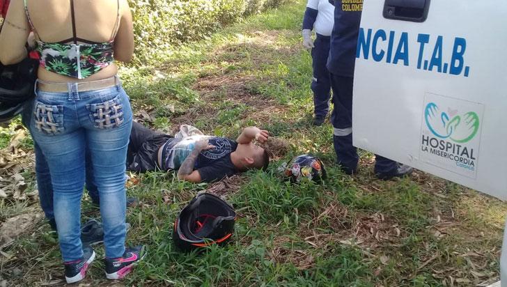 Un lesionado dejó accidente de tránsito vía Calarcá - Bacerlona