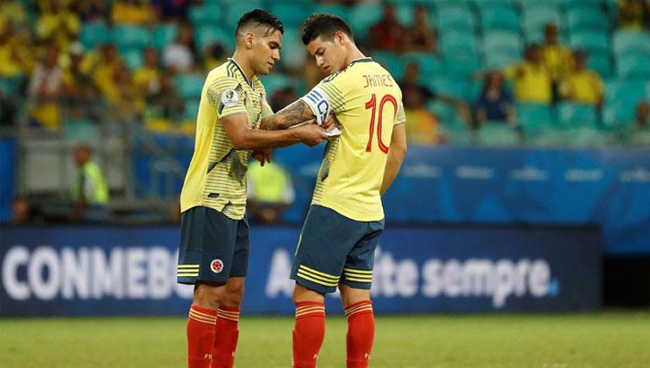 """""""James quiere ir al Nápoles"""": De Laurentiis"""