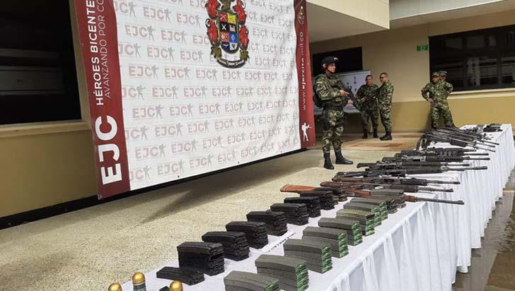 Doce disidentes de las Farc se entregan en zona fronteriza con Venezuela