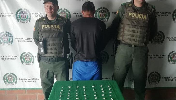 Detenido menor de edad con dosis de coca