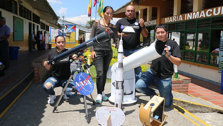 Grupo Antares, único en Colombia en enviar una sonda estratosférica con estudiantes de colegio