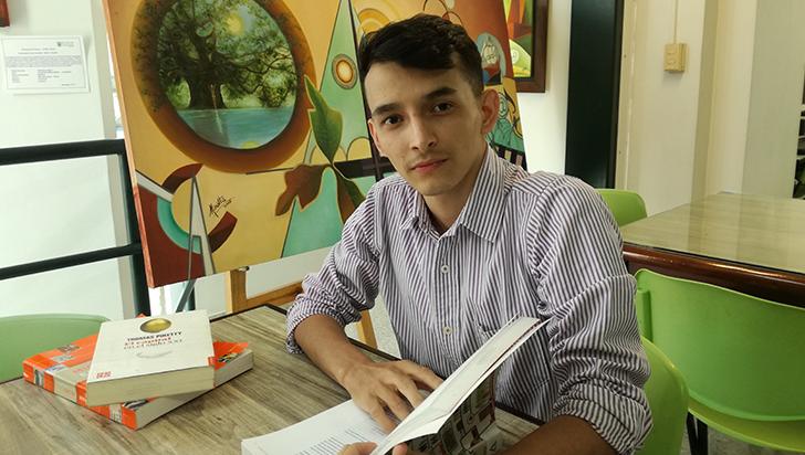 Único colombiano becado con maestría en México para investigar temas de movilidad