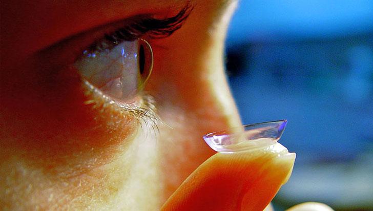 Estas lentes de contacto permitirán hacer zoom con solo parpadear