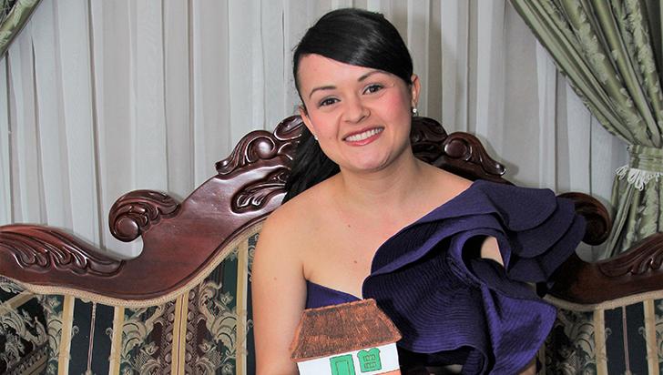 Mónica Adela, ganadora en el Festival Hatoviejo Cotrafa