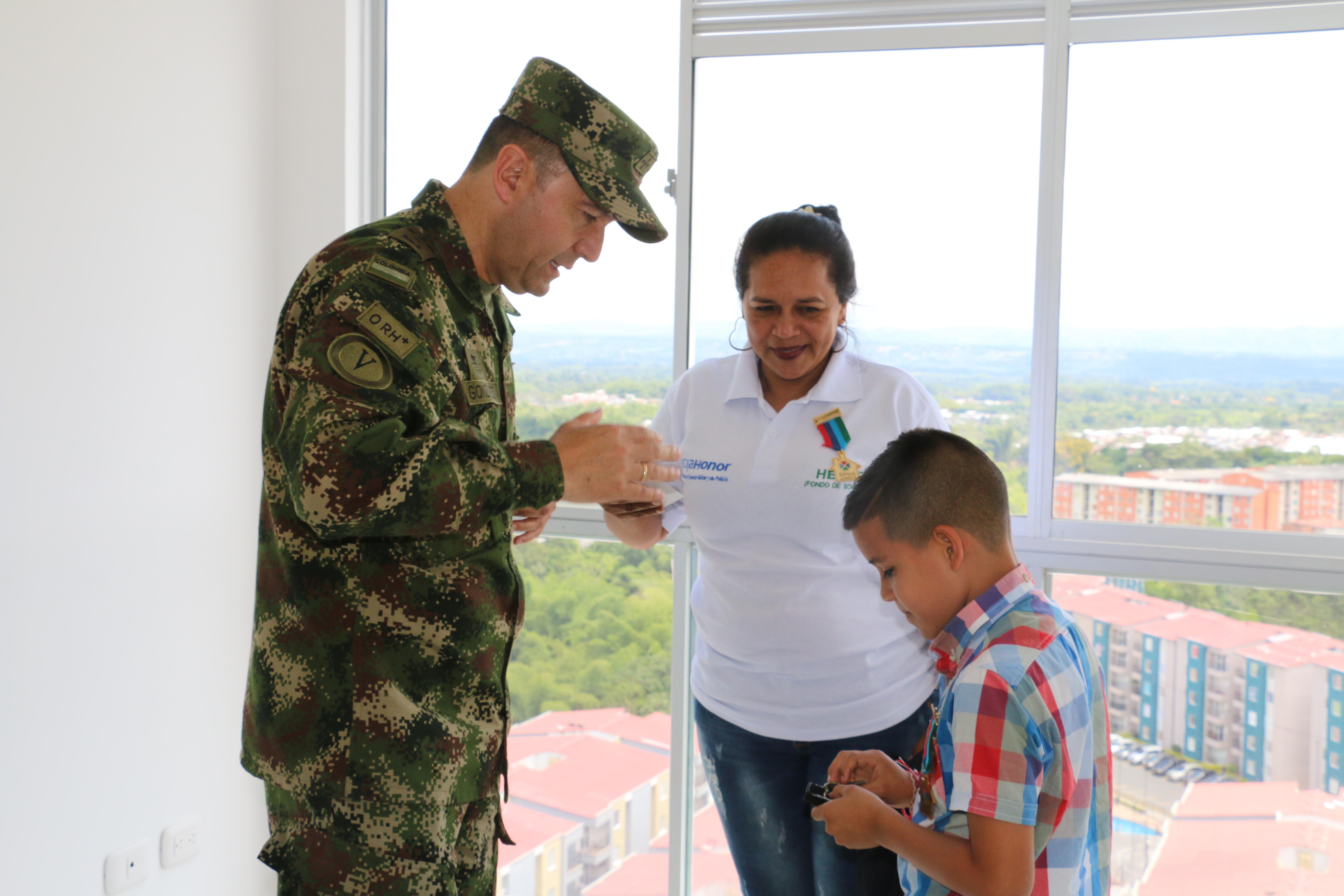 Caja Honor entregó 25 viviendas a militares y policías con discapacidad