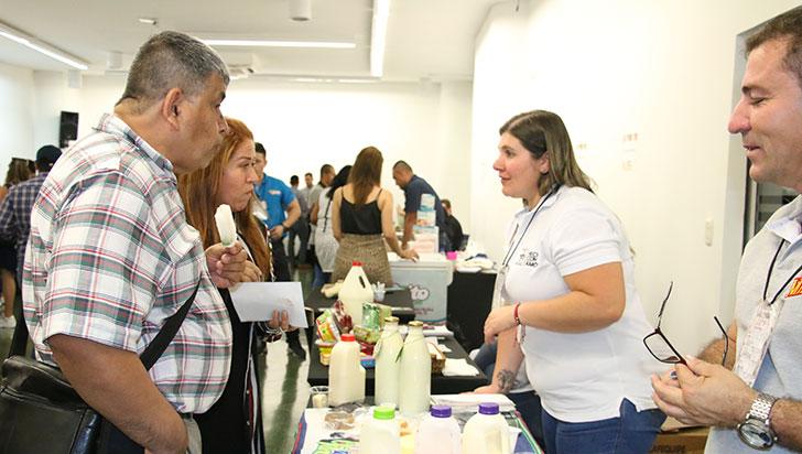 40 expositores y 200 empresarios disfrutaron de la oferta gastronómica