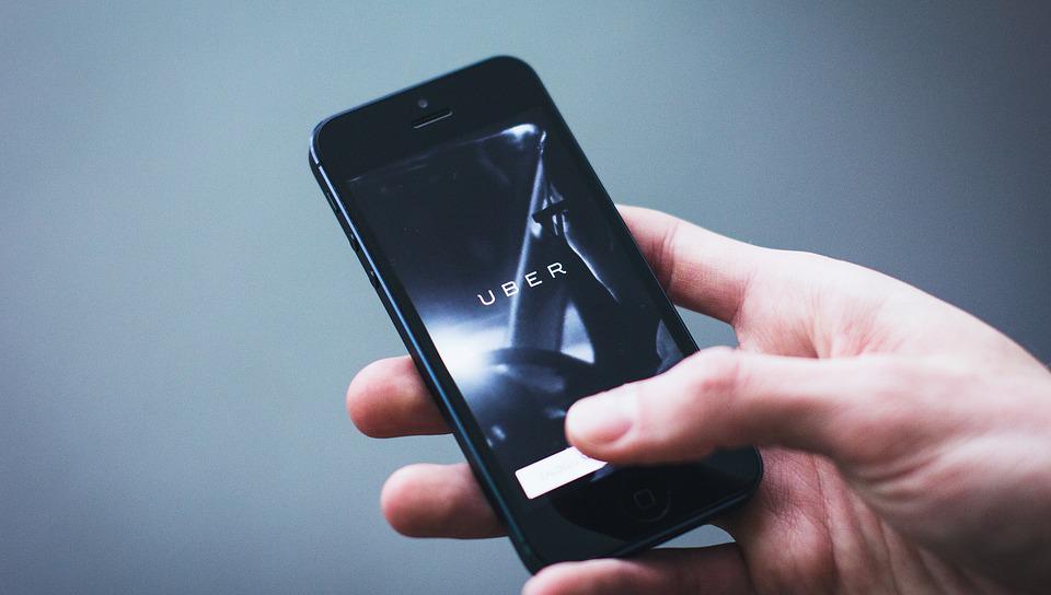 Uber deberá pagar millonaria multa en Colombia por obstrucción administrativa