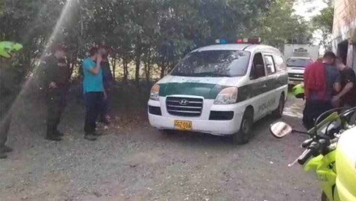 Investigan asesinato de cinco personas que acampaban en zona rural de Caldas