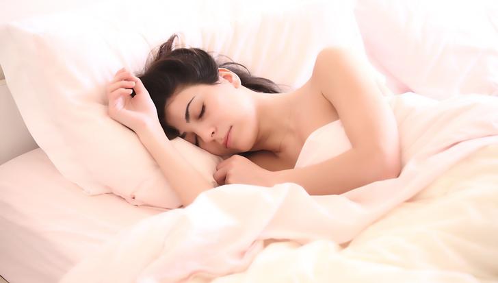 Una mutación de ADN permitiría a la gente vivir saludablemente durmiendo solo cuatro horas al día