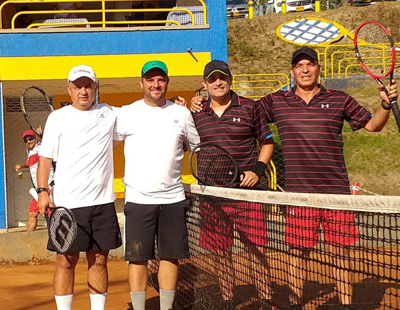 Copa Madrugadores de Tenis por Parejas, en marcha en el Bolo Club