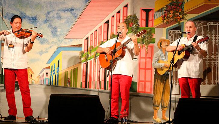 Más de 40 artistas, presentes en el  concurso Dueto Hermanos Moncada