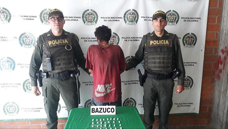 Capturado con 42 dosis de cocaína
