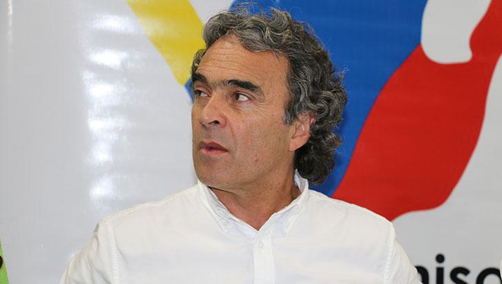 """""""Vamos para el capítulo más grande de corrupción en las regiones"""": Sergio Fajardo"""