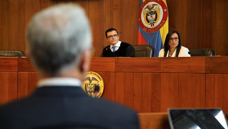 Corte Suprema vincula formalmente a Uribe en proceso por soborno de testigos