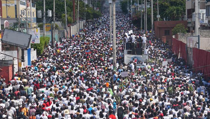Multitudinaria protesta en Haití exigió la renuncia de su presidente