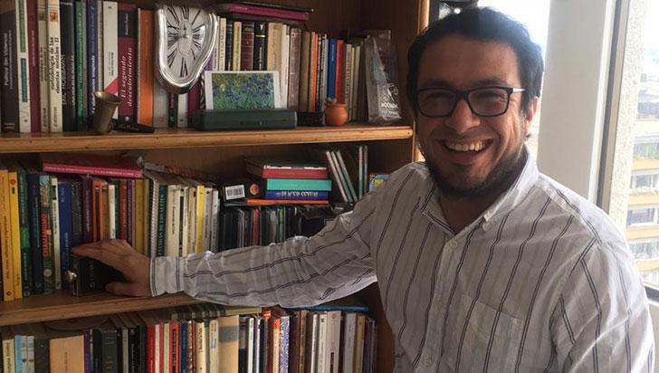 Carlos Mario Fisgativa habla de la  filosofía y su incursión en otras áreas