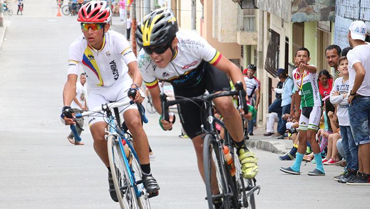 En fiestas, este domingo la Carrera Nacional de Ciclismo