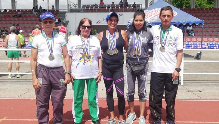 Los Quijotes ganaron 26 medallas en el sénior de atletismo