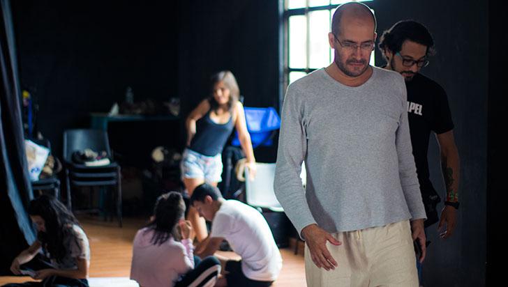 Rodrigo Vélez habla sobre dramaturgia y sus proyectos en el Quindío