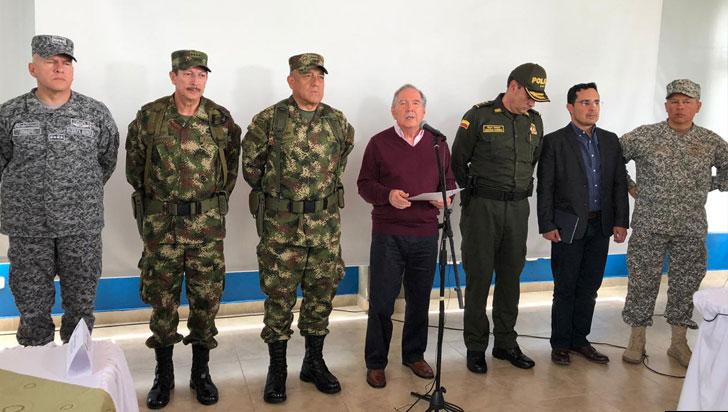 Ministro de Defensa dice que operaciones militares cumplen con DIH