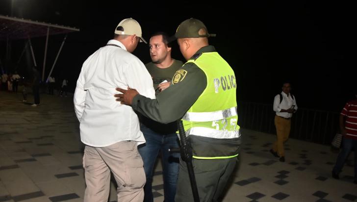 Flip rechaza agresión a periodista y cuestiona a Duque por masacre de 8 menores