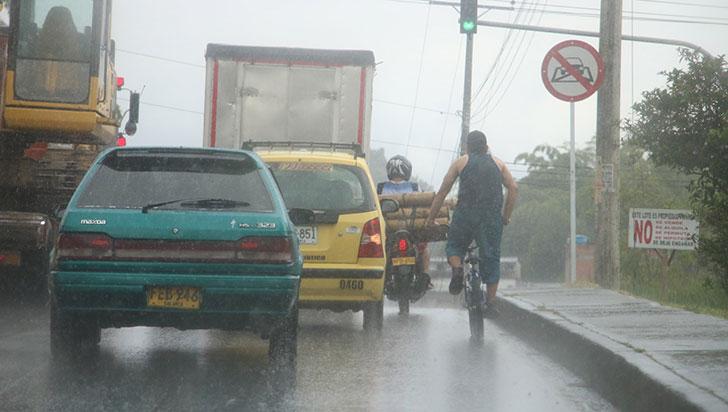 Dos sectores en La Tebaida sin agua tras daño en la bocatoma por lluvias