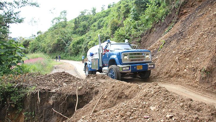 En la vía Río Verde – Pijao se transita sin restricción