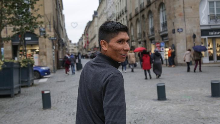 Nairo Quintana apoya campaña de solidaridad con niños migrantes venezolanos