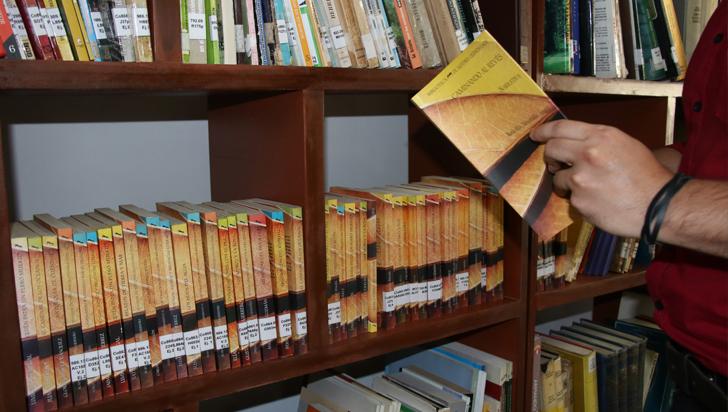 Integradas a la colección, obras que participaron en Biblioteca de Autores Quindianos