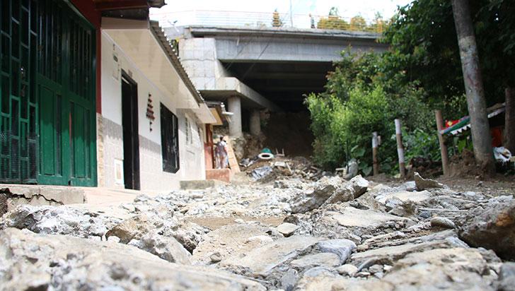 En el barrio Colón de Montenegro existe preocupación por daños del Paso Nacional