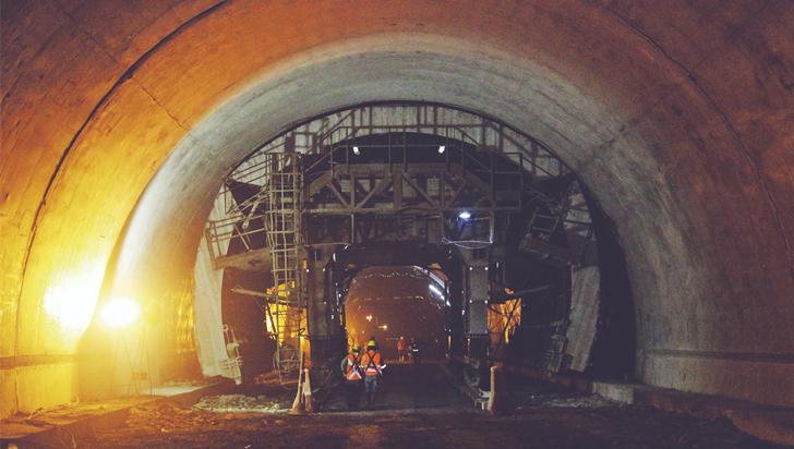 Culminó revestimiento y excavación subterránea del túnel de La Línea