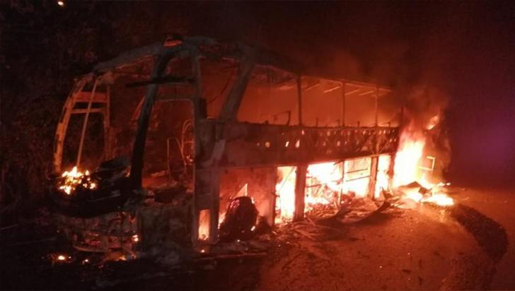 3 muertos y 6 vehículos quemados dejó oleada de violencia en Antioquia