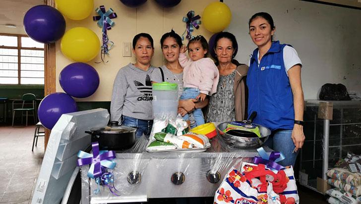 Familias víctimas se beneficiaron con insumos para ideas de negocio