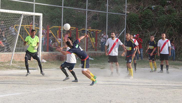 Los Mismos-Ferre Aristizábal, por el título de la Copa Navidad Libre