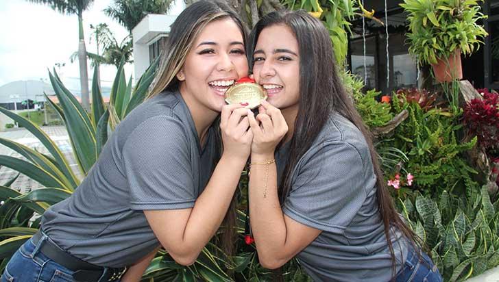 María Ríos y Sofía Tabares dejaron en alto a Colombia con su baile