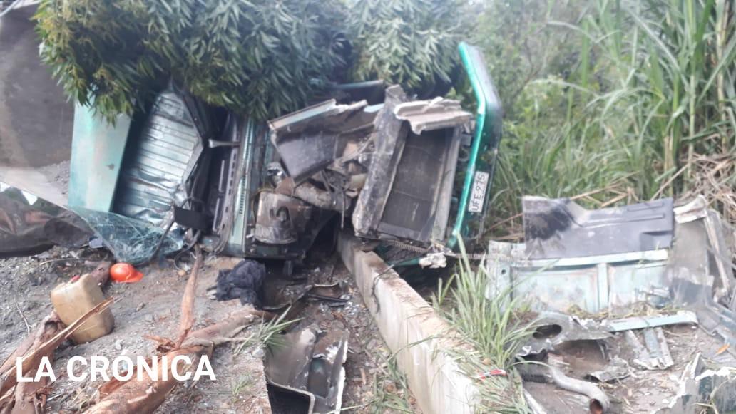 Aparatoso accidente de tránsito en puente helicoidal de Calarcá