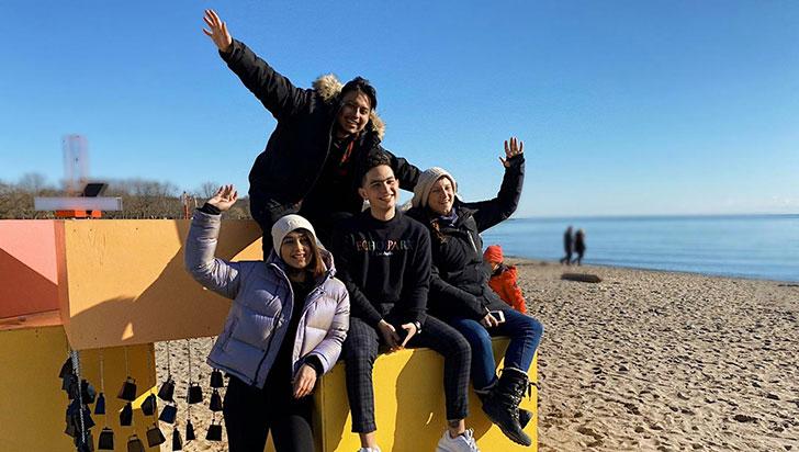 Jacobo llevó arte musical e interactivo a una playa de Toronto