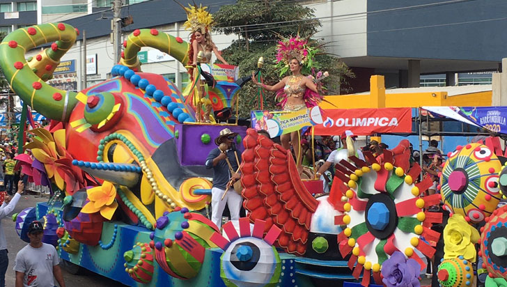 """""""Star Wars"""", el papa y la fuga de Merlano se toman Carnaval de Barranquilla"""