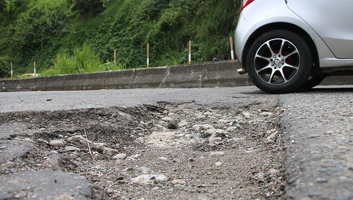 Alcaldía recurrirá a regalías para reparar las vías de Armenia