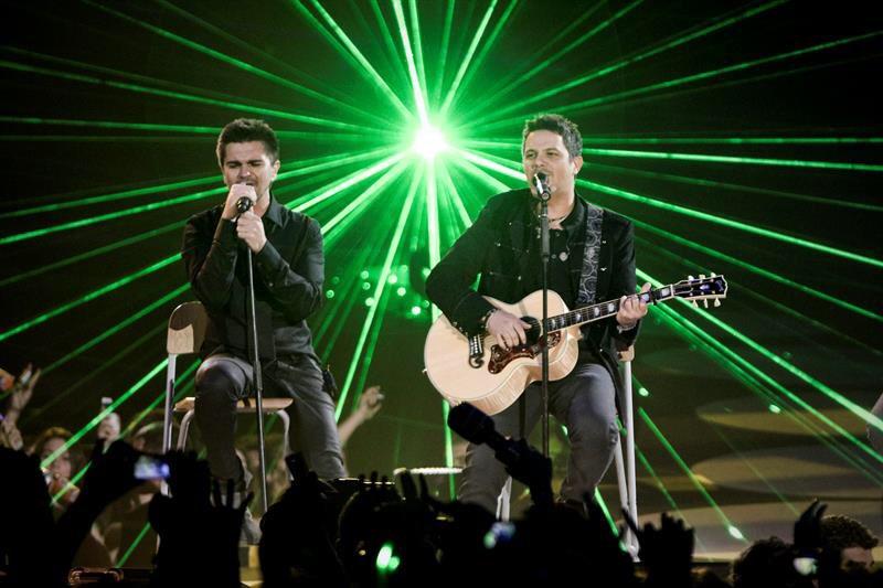 Juanes y Sanz desafían al COVID-19 con concierto desde Miami para el mundo