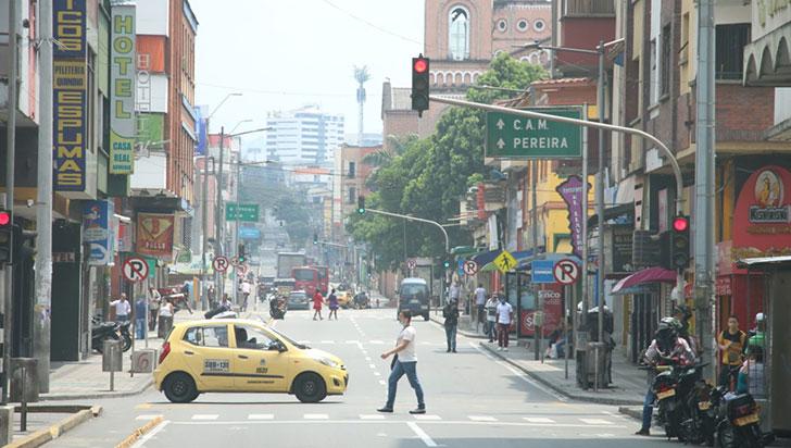 Servicio de taxi solo se puede ofrecer por teléfono y plataformas digitales