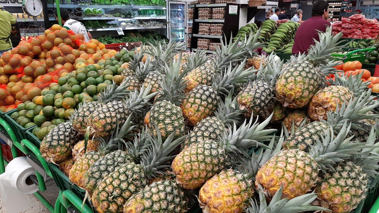 Por seguridad, supermercados cerrarán a las 5 p. m.
