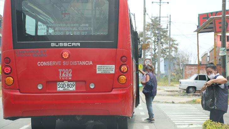 Atracaron a conductor de un bus