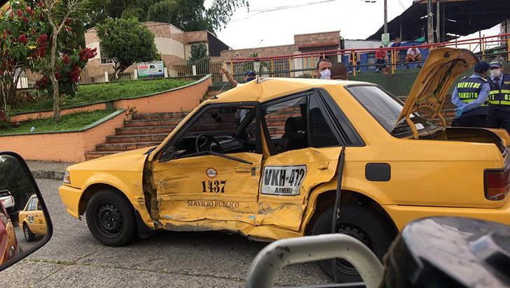 Taxista lesionado en siniestro vial