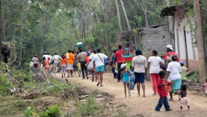 Más de 1.300 desplazados en Colombia por enfrentamientos entre grupos armados
