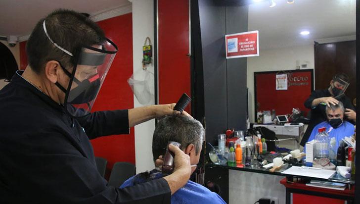 Peluquerías volvieron a abrir; en Quindío, 832 personas viven del oficio